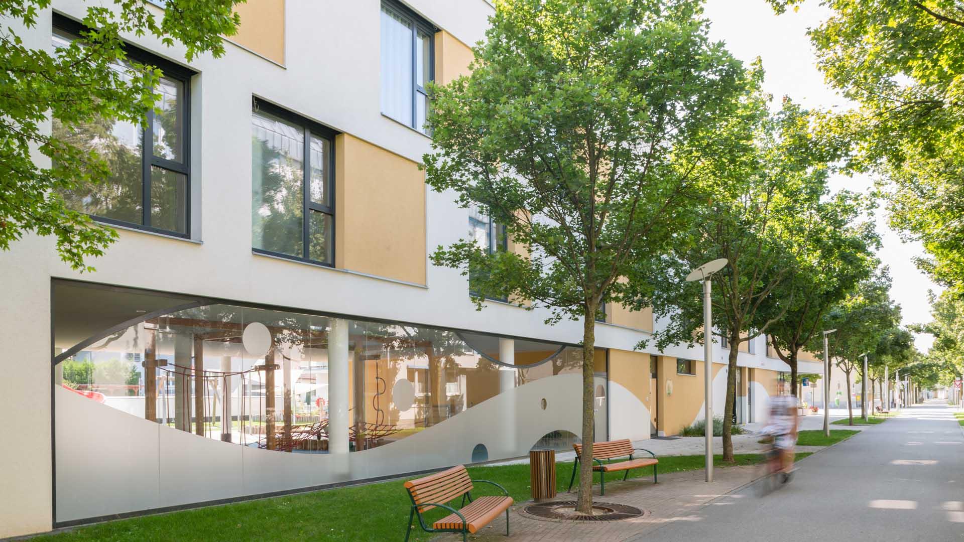 mehrzweckgebäude wohnhausanlage kindergarten deutsch wagram